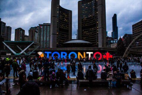 Toronto - illuminated city sign in Canada. Photo: Pexels.com